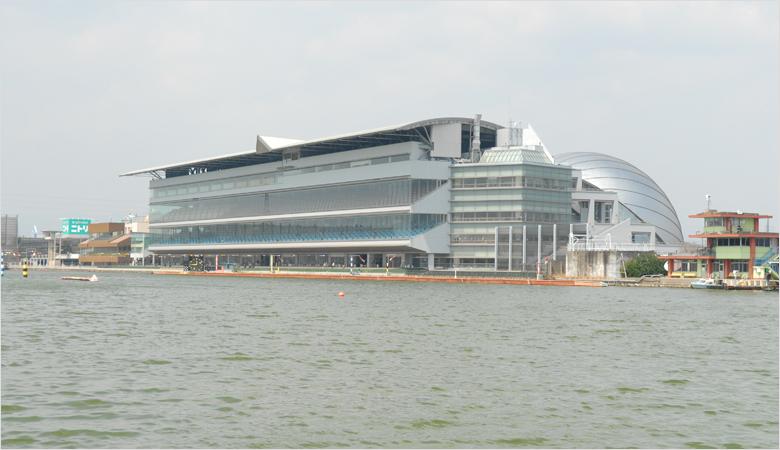 津競艇場2