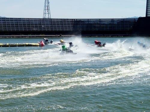 ボートレース津 競艇 ボートレース 稼ぐ 勝てる 負ける 稼げない 予想 企画レース ツッキーレース 検証 出目 検証 攻略法 的中率 回収率